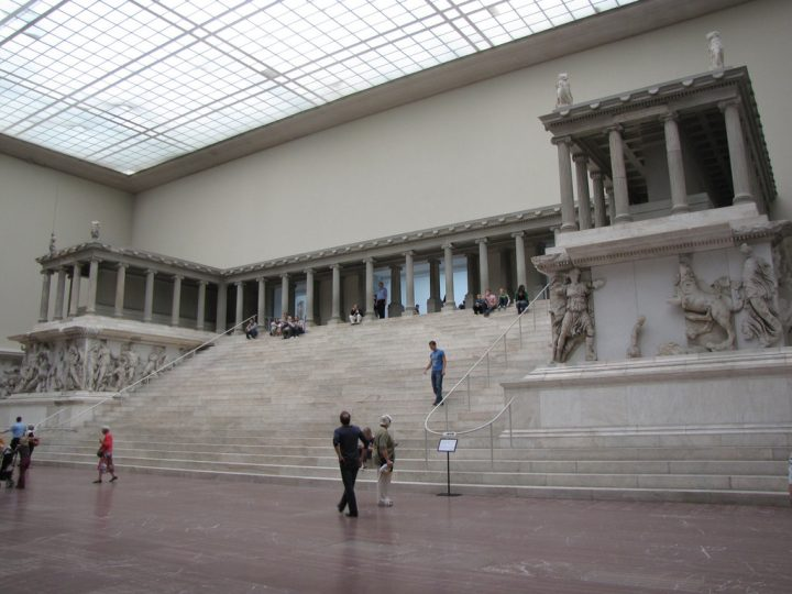 photo credit: Pargamon Altar via photopin (license)