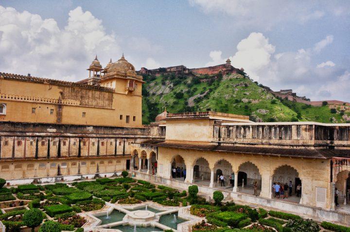 photo credit: Rod Waddington Amber Palace, Jaipur via photopin (license)