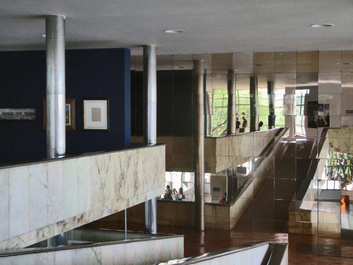 【世界遺産】カジノ(パンプーリャ美術館)|パンプーリャの近代建築群