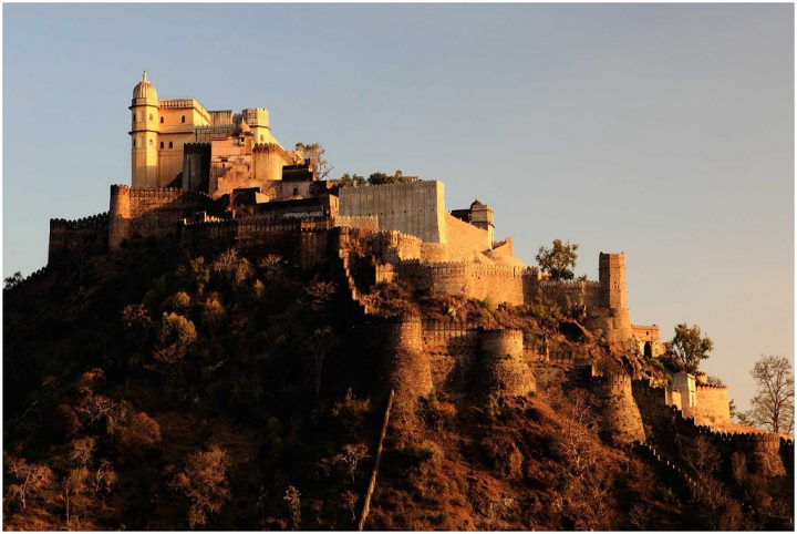 photo credit: ramnath bhat Kumbahlgarh Fort- Rajasthan via photopin (license)