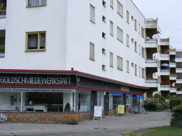 photo credit: sludgegulper Berlin Siemensstadt via photopin (license)