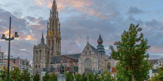 photo credit: Raju Jasai Photography Antwerp Belgium Trolley via photopin (license)