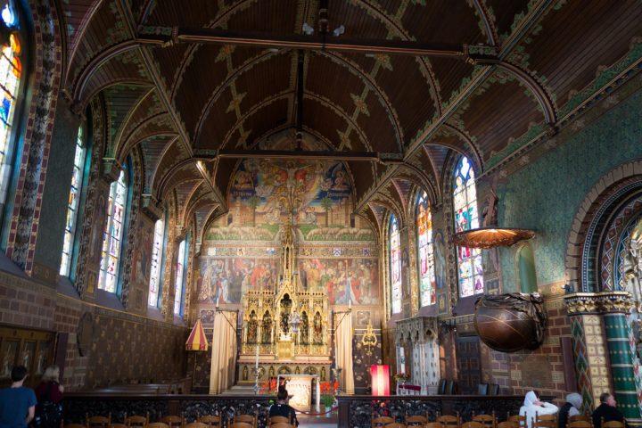 photo credit: quinet Bruges Basilica interior via photopin (license)