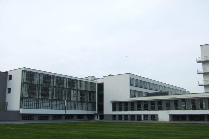 【世界遺産】バウハウス・デッサウ校|ヴァイマル、デッサウ及びベルナウのバウハウスとその関連遺産群
