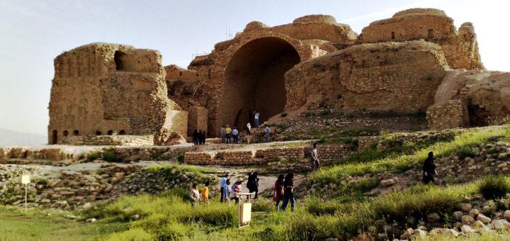 ファールス地方のササン朝の考古学的景観